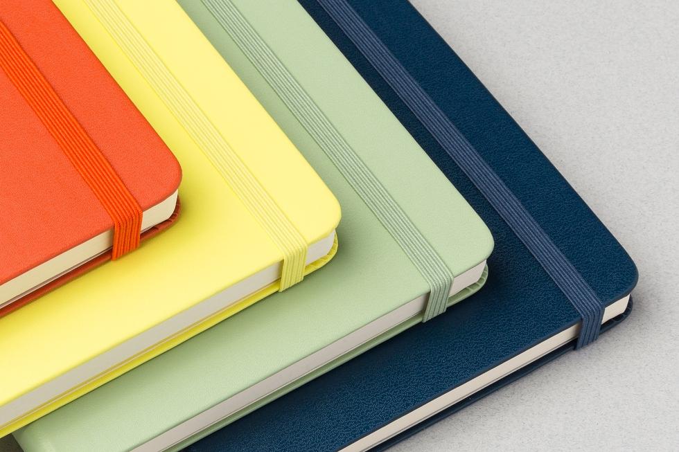 NewColourNotebooks 2016 (1)